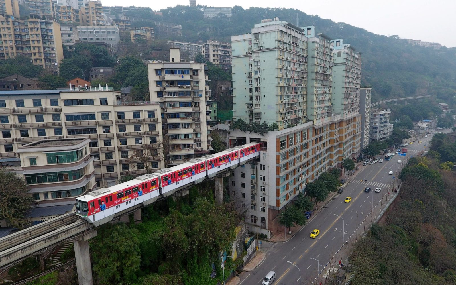 Train through apartments